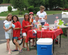 THE BEST LEMONADE STAND IN PEORIA