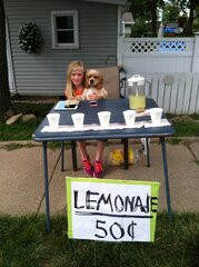 GET YOUR ICE COLD LEMONADE RIGHT HERE!
