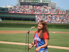 Patti Smith sings for Chicago Cubs.