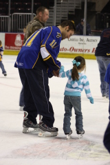Rivermen skate with fans!