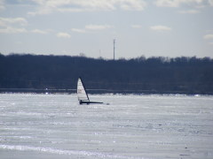 Windsailing on the frozen mississippi