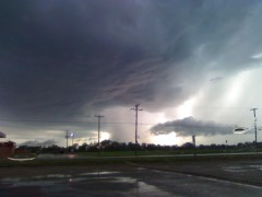 Picture of storm north of Lewistown, IL