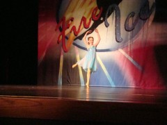 9 years old and I love to dance on stage