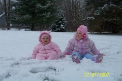 Ellie & Sydney in the snow
