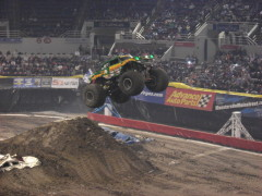 Monster Truck goes airborn.